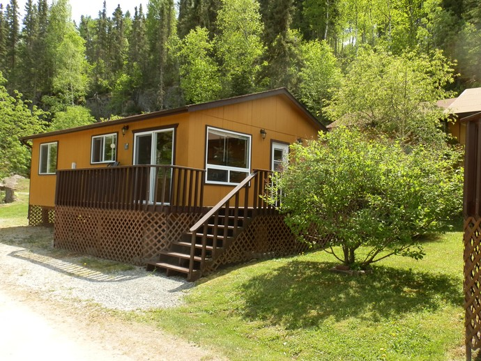 Lac seul lodge main base lodge cabins cottages for Cottages of camp creek